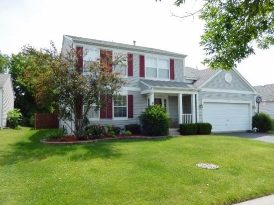 573 Deer Crossing Ct, Hainesville, IL 60030