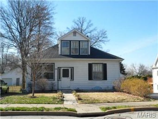 8710 Rosalie Ave, Brentwood, MO 63144