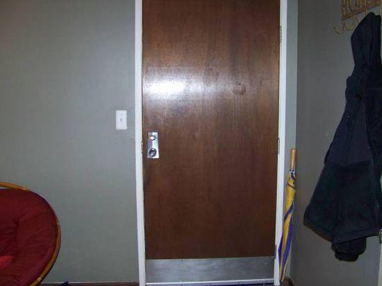 5S066 Pebblewood Ln APT A2, Naperville, IL 60563