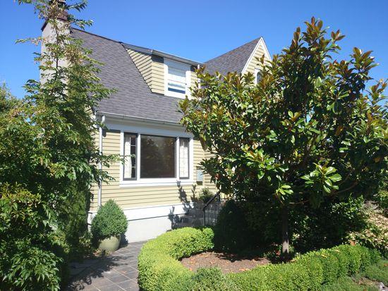 2507 Nob Hill Ave N, Seattle, WA 98109