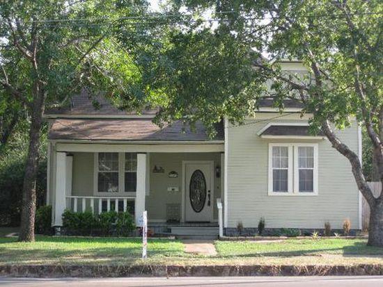307 W Oak St, West, TX 76691