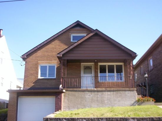 233 S 17th St, Weirton, WV 26062