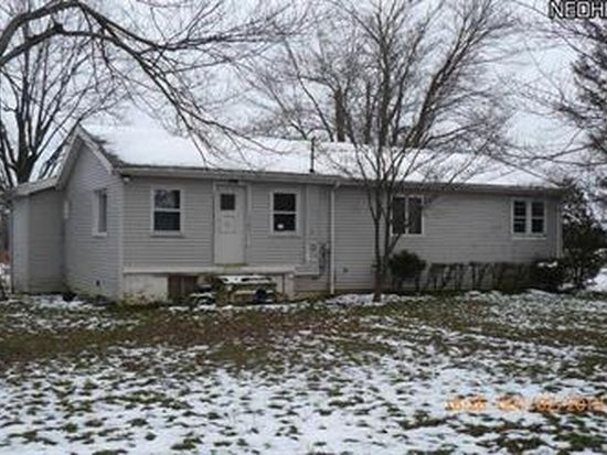 4472 Russell Rd, Dorset, OH 44032