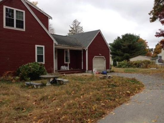 44 Willow St, Fall River, MA 02720