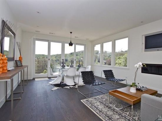 36 Edgewood Ave, Mill Valley, CA 94941