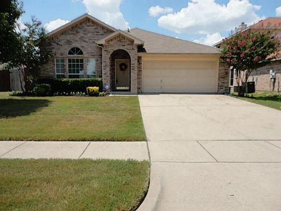 3023 Brookwood Ct, Grand Prairie, TX 75052
