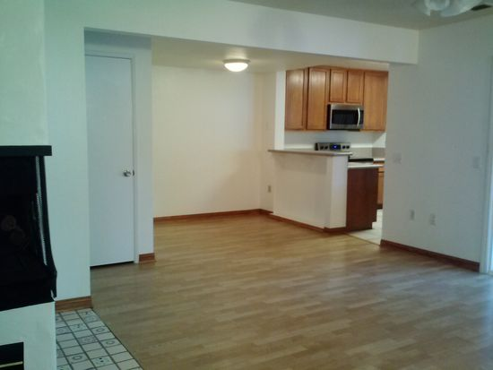 1107 Woodlake Dr, Cardiff By The Sea, CA 92007
