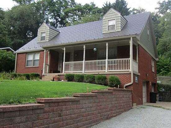 156 Thornberry Dr, Pittsburgh, PA 15235