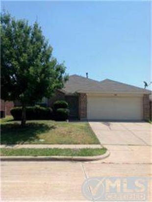 10901 Fawn Valley Dr, Fort Worth, TX 76140
