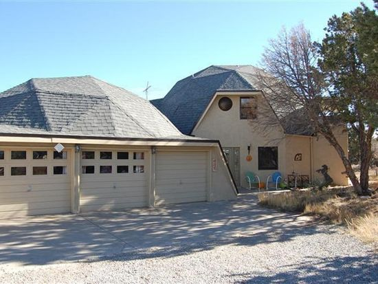 627 Frost Rd E, Edgewood, NM 87015