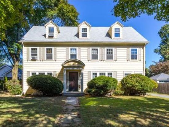 21 Brookhouse Dr, Marblehead, MA 01945