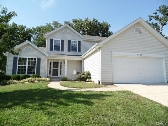 2448 Silver Lake Estates Dr, Pacific, MO 63069