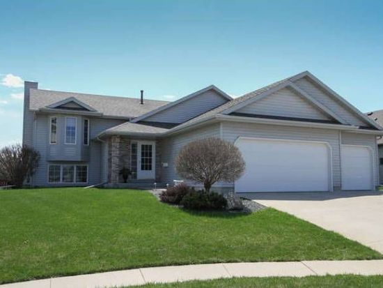 3624 Ironwood Ct SW, Rochester, MN 55902