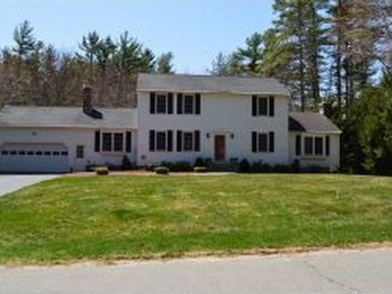 15 King Arthur Dr, Londonderry, NH 03053