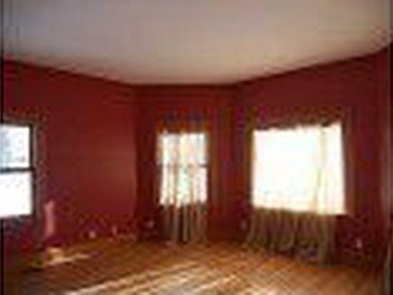 525 Pine St, Dekalb, IL 60115