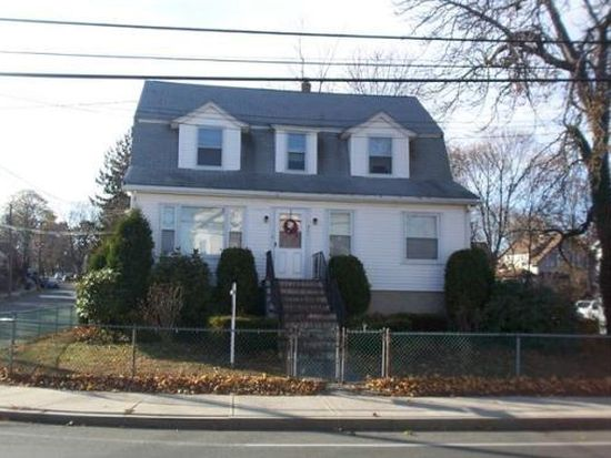 581 Washington St, Braintree, MA 02184