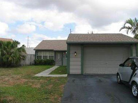 1322 N Quetzal Ct, Homestead, FL 33035