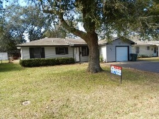 290 Clemmons St, Beaumont, TX 77707