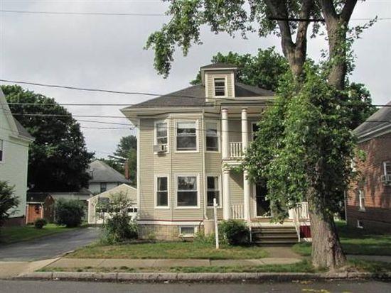 34 Richardson St, Portland, ME 04103