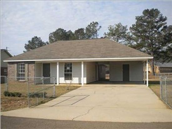 113 Woodgate Dr, Magee, MS 39111