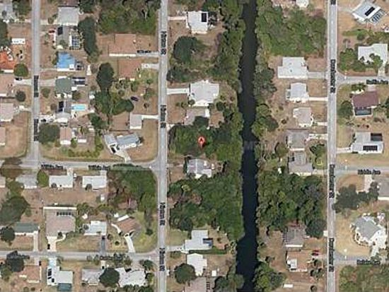 402 Hinton St, Port Charlotte, FL 33954