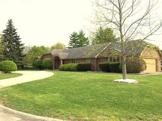 713 Green Meadow Dr, Anderson, IN 46011