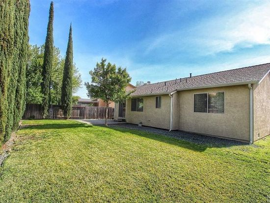 681 Shannon Dr, Vacaville, CA 95688