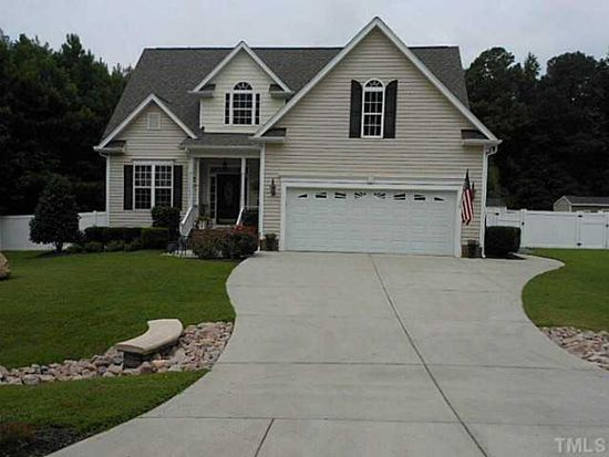 110 Falling Leaf Dr, Youngsville, NC 27596