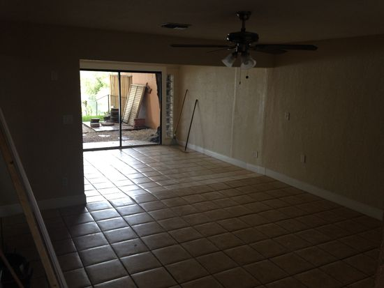 1527 W 63rd St, Hialeah, FL 33012