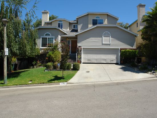 2196 Beckham Ln, Hayward, CA 94541