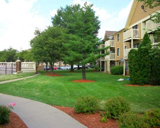 529 Gregory Ave APT 1D, Glendale Heights, IL 60139
