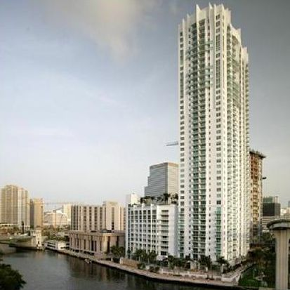 31 SE 5th St APT 4114, Miami, FL 33131