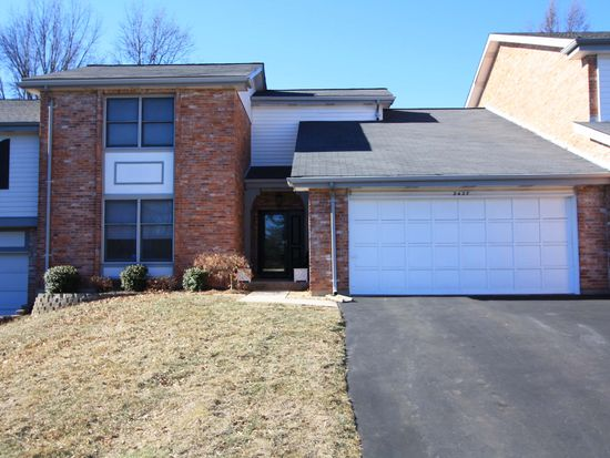 2427 Baxton Way, Chesterfield, MO 63017
