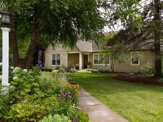 4325 Sussex Rd, Golden Valley, MN 55416