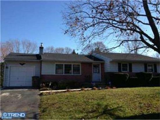 1652 Layfield Rd, Pennsburg, PA 18073