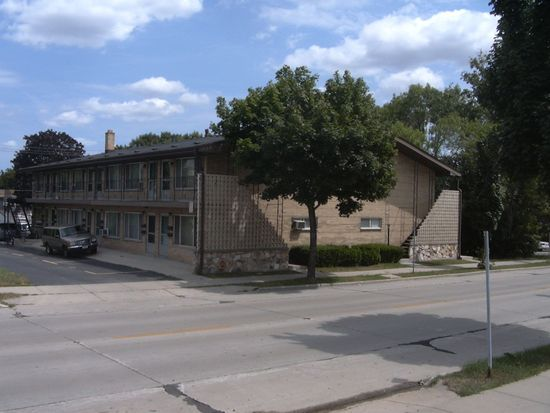 1480 S 92nd St APT 7, West Allis, WI 53214