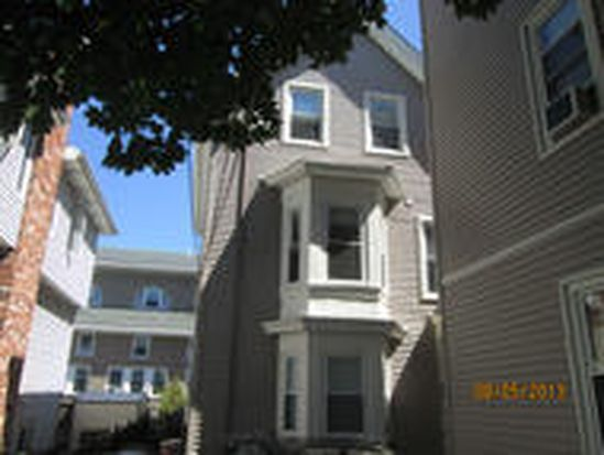 31 Plymouth St # 3, Cambridge, MA 02141