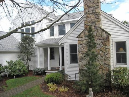 21 Pine Cobble, Plymouth, MA 02360