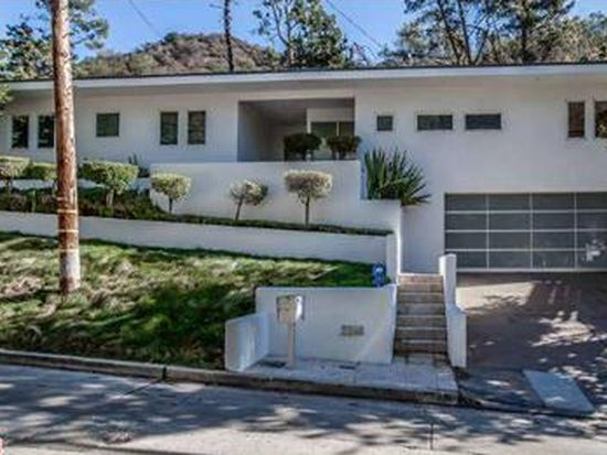 2240 Bowmont Dr, Beverly Hills, CA 90210