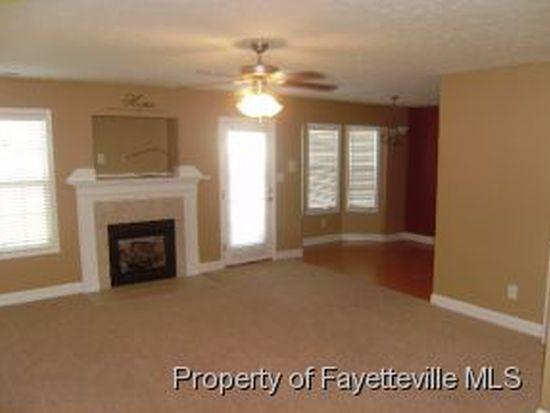 5628 Seafield Ln, Hope Mills, NC 28348