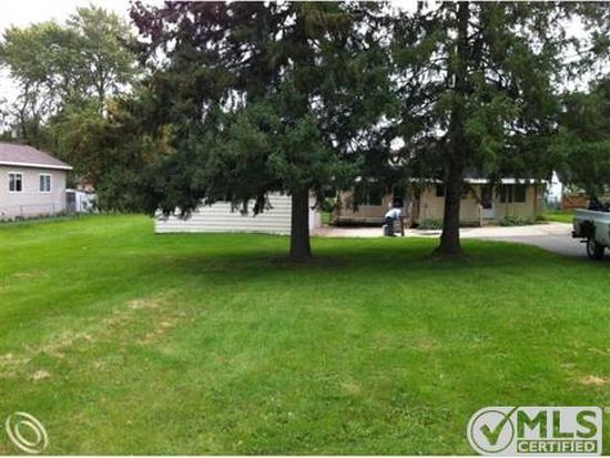 4374 Lessing, Waterford, MI 48329