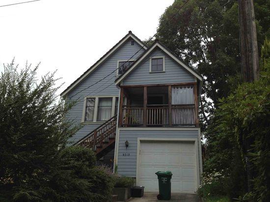 9213 25th Ave NE, Seattle, WA 98115
