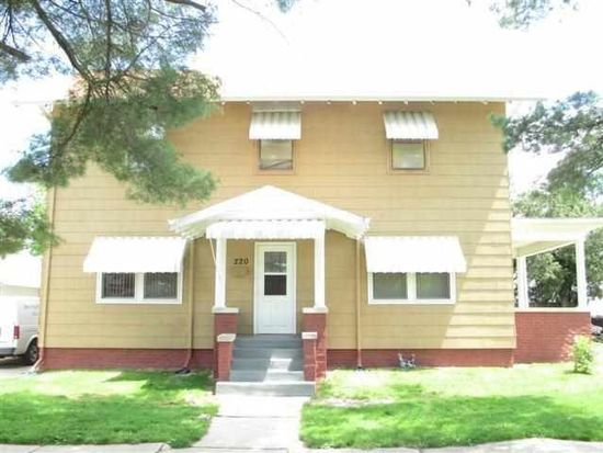 220 S 7th St, Clinton, IN 47842