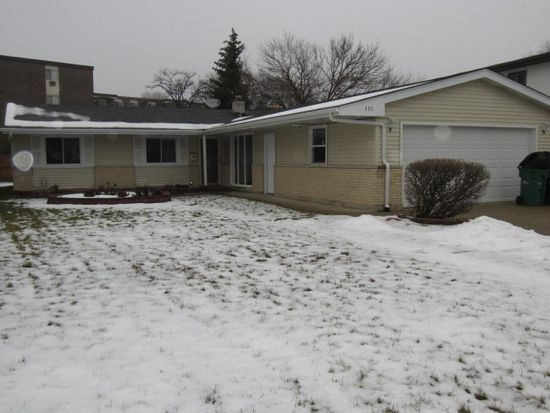 430 Manor Hill Ln, Lombard, IL 60148