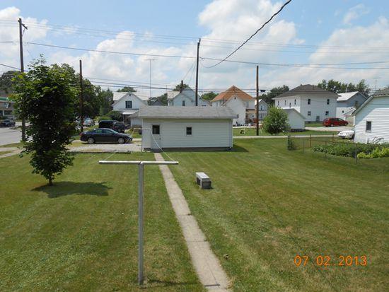 422 Woodbine St, Willard, OH 44890