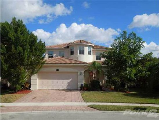 10447 Galleria St, West Palm Beach, FL 33414