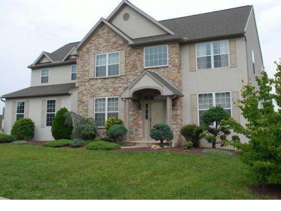 2511 Andrew Dr, Sinking Spring, PA 19608