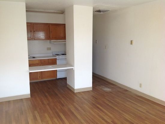 1201 Iron Ave SW APT 20, Albuquerque, NM 87102