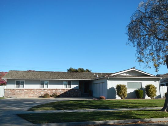 766 San Simeon Dr, Salinas, CA 93901