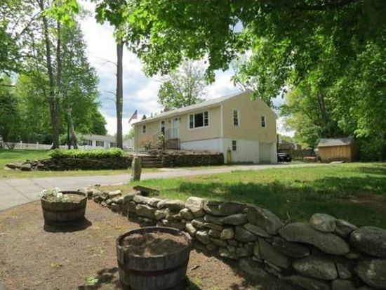 263 Plymouth St, Fitchburg, MA 01420